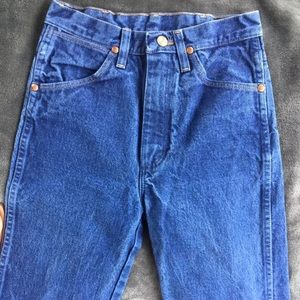 Wranglers Blue Straight High Rise Jeans 26/36